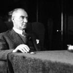 Atatürk Şiiri